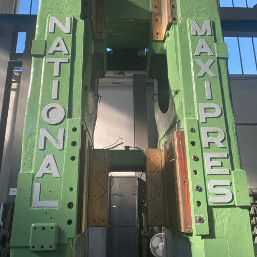 Frame National 1300 ton press